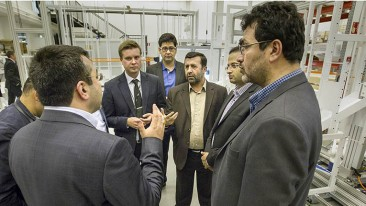 NewIcon, a supplier of medical automation solutions for pharmacies, quickly arranged a visit for an Iranian delegation after hearing about the country's health technology needs.