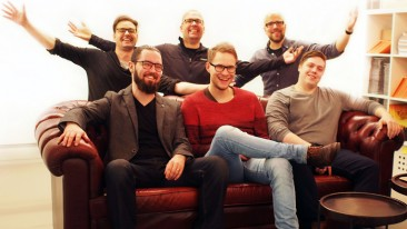 Angel investor Klaas Kersting (in the middle of the back row) together with Kopla Games team.