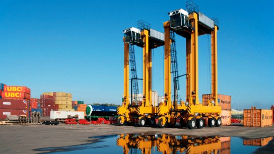 The Port of Tauranga in New Zealand has been switching over to diesel-electric straddle carriers by Kalmar to reduce the environmental impact of their operations.