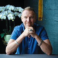 a biography of renny harlin a finnish filmmaker Renny harlin date of birth: march 15, 1959 this native to riihimäki, finland, harlin attended the university of helsinki film school while still at school, he created his own production.