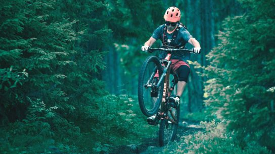 Fun on two wheels – or just one! Downhill mountainbiker Antti Lampén showcases Pole's booming wheelbase measurement.