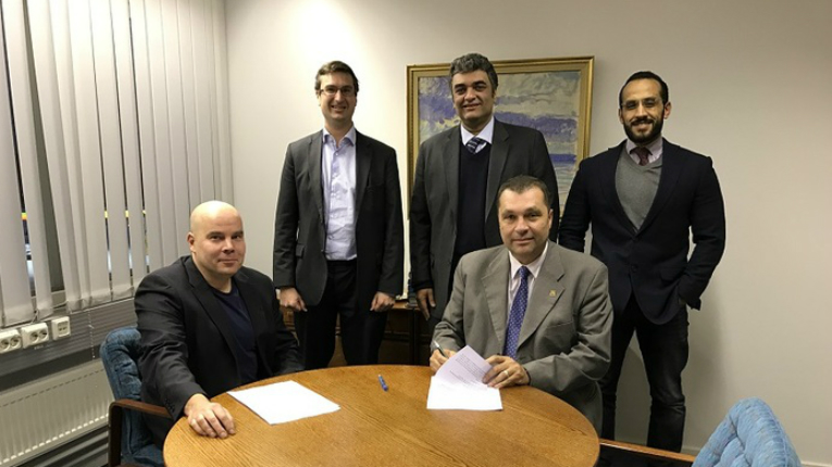 Miko Huomo and Christoffer Ehrnrooth (GreenEnergy Finland - GEF) together with Hicham Osman, Fayssal Daoud and Mamdouh Wael (Egyptian Technical Projects Company - TEPCO).