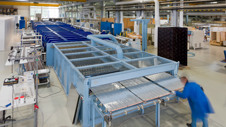 A Savo-Solar coating line. One of the keys to Savo-Solar's efficient solar power solutions is their coating expertise, which allows for a very high absorption rate.