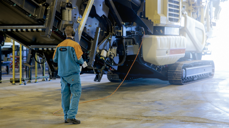 Metso has over 11 000 employees in more than 50 countries.