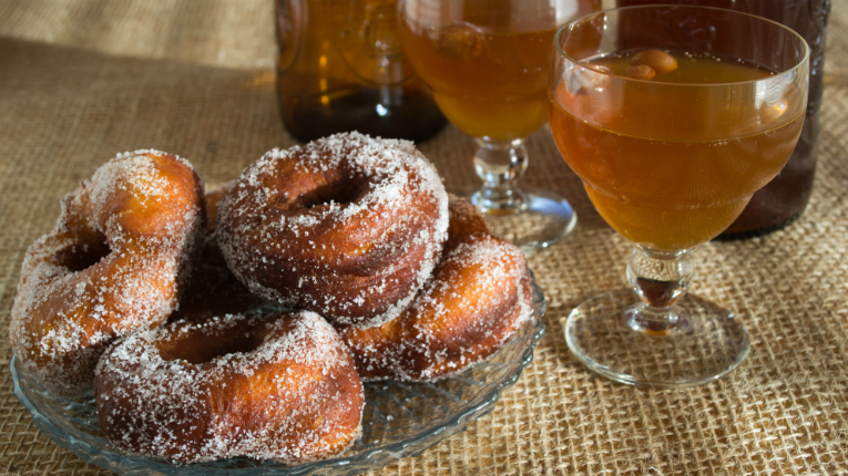 Sugar-coated doughnuts and mead – the cornerstones of any Finnish May Day celebration.