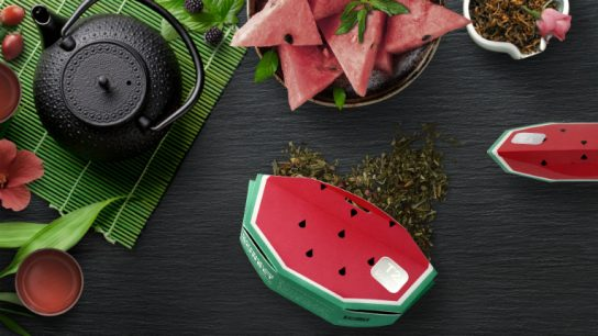 Metsä Board made the boxes reflect the tea's flavour: here, watermelon sorbet.