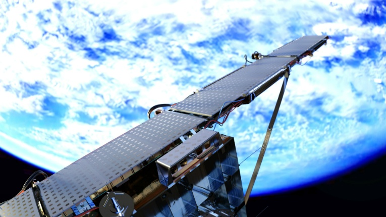 ICEYE is on a quest to become the first organisation in the world to launch SAR microsatellites, enabling timely and reliable Earth observations despite clouds, darkness and other obstacles.