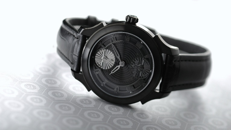The design of each watch is inspired by such mythological sources as the legend of Minotaur.