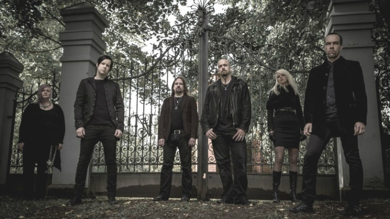 Naryan started off as an instrumental project led by Lauri Kovero but later stringed the instruments together with melancholic lyrics.