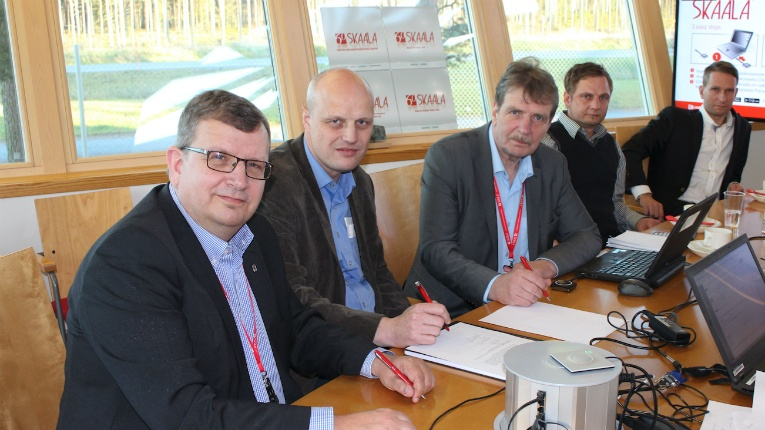 The contract signing at Skaala's head office in Ylihärmä, Finland. From left: Markku Hautanen, Johann Habring, Hannu Hautanen, Mikko Hautanen and Pekka Hautanen.