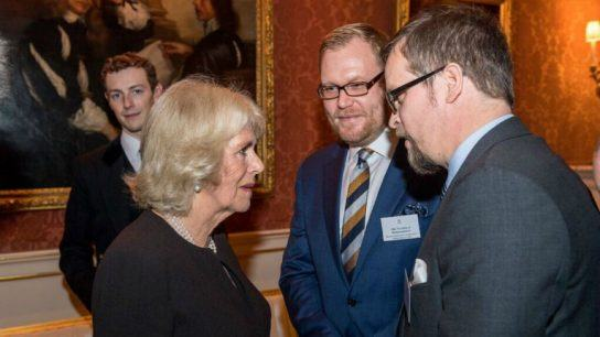 Claned founder Vesa Perälä in discussion with H.R.H. The Duchess of Cornwall at Buckingham Palace, where the commonwealth co-operation was announced in late November.