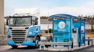 Gasum is expanding the use of liquefied natural gas (LNG) and liquefied biogas (LBG) in heavy-duty vehicles that significantly reduce CO2 and other emissions.