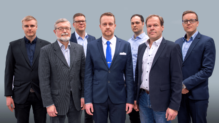 ColloidTek's co-founder and chief executive Matti Järveläinen (centre) and co-founder Ilkka Sillanpää (first from the right) are leading a team in search of liquid fingerprints.