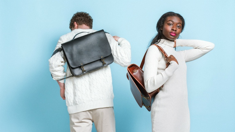MoiMoi creates sustainable leather bags that are made to last for years.