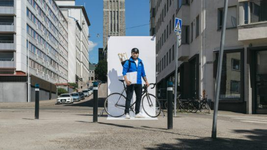 Wolt's couriers will be rushing around town to deliver hot art during Helsinki Design Week.