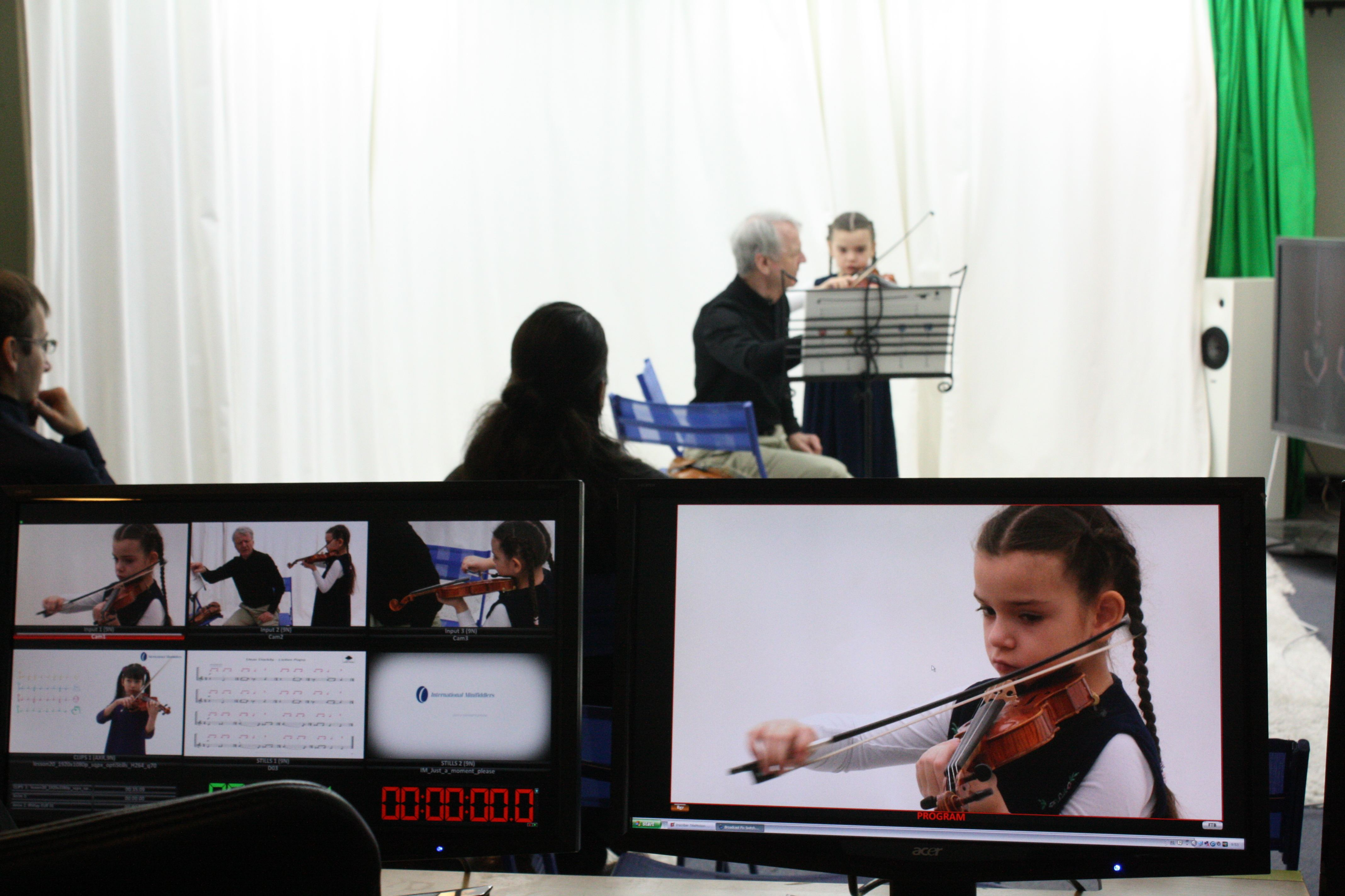 Caprice is a true pioneer in the field of musical distance teaching, having developed distance learning solutions in co-operation with renowned violinist Pinchas Zukerman since 1997.