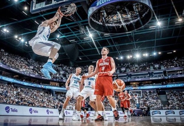 Finnish basketball prodigy Lauri Markkanen has a chat about his sophomore year. (Photo: Facebook) Read NBA's article