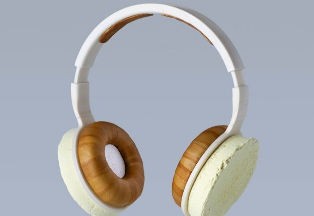 What do you get when you combine yeast, fungus, and bacteria? A sustainable pair of headphones, say Finnish innovators Aivan, Aalto University and VTT. (Photo: Aivan)