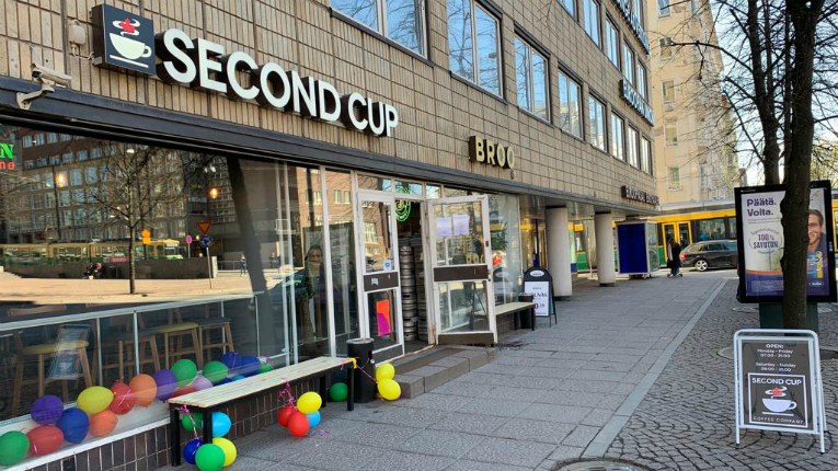 Canadian coffee retailer Second Cup Coffee Company is expanding to Finland and the Baltic region.