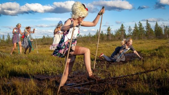The annual floral-dress-high-heels-swamp-skiing competition (korkokenkäkukkamekkosuohiihto) was held last week in the town of Pudasjärvi. Just Finnish people doing Finnish things, it seems.
