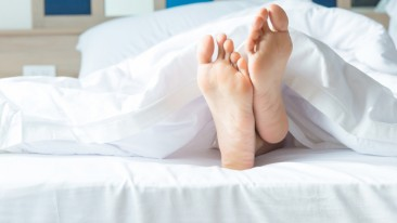 Lack of sleep has previously been found to impact the activation of the immune system, inflammation, carbohydrate metabolism and the hormones that regulate appetite. Now researchers found that sleep loss also influences cholesterol metabolism.