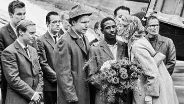 The Happiest Day in the Life of Olli Mäki tells the story of Olli Mäki, the first Finn ever to fight for the world championship in featherweight boxing.