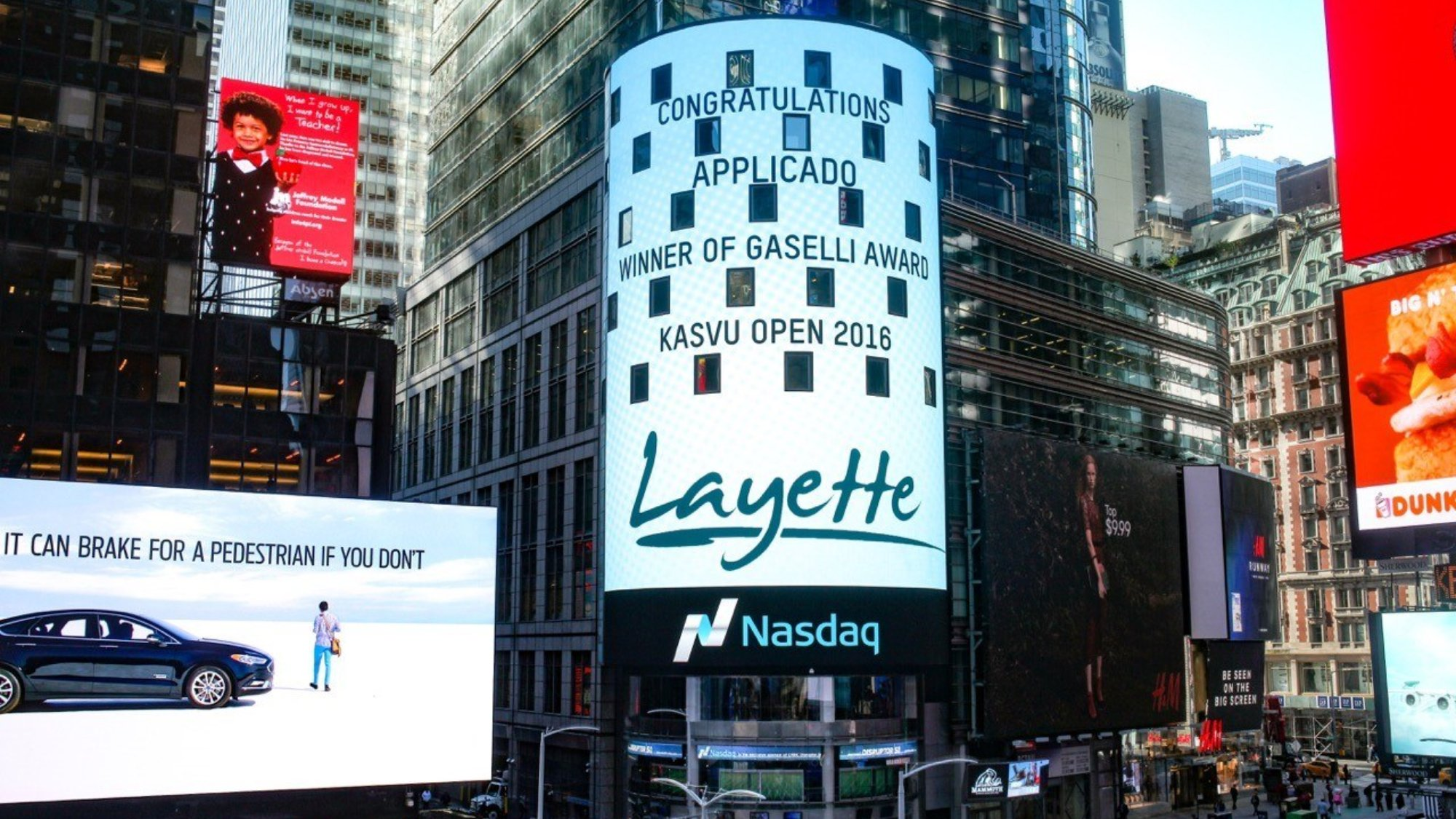 Welcome to Times Square, Layette!