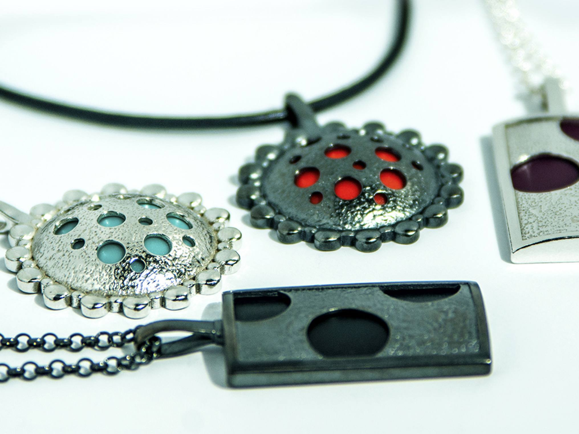 The lockets can be customised with different colours.