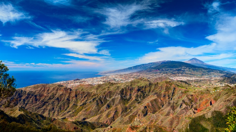Tenerife provides an ideal setting for Accolade's full-time production team to provide content for lifestyle-oriented online stores and services.