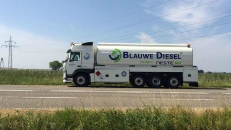 Neste's renewable diesel, called Blauwe Diesel powered by Neste MY in the Netherlands, reduces CO2 emissions by up to 90 per cent compared to conventional diesel.