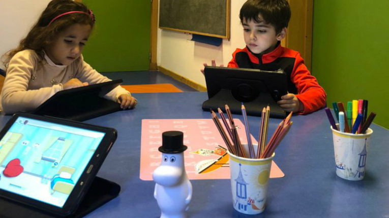 Moomin Lanuage School is specifically designed for three to seven year-olds, an optimal age for foreign language learning.