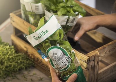 Järvikylä will start sending its potted herbs and greens to retailers wrapped in Woodly in 2019.