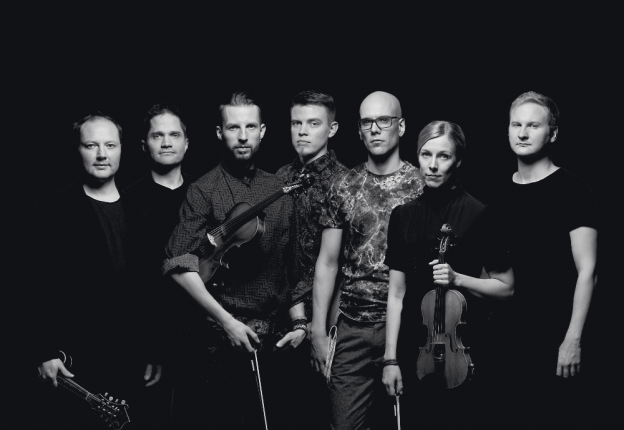 The rockstars of the Nordic fiddle scene, Frigg, are spreading the good word of Finnish fiddle playing in South England. (Photo: Tero Ahonen)