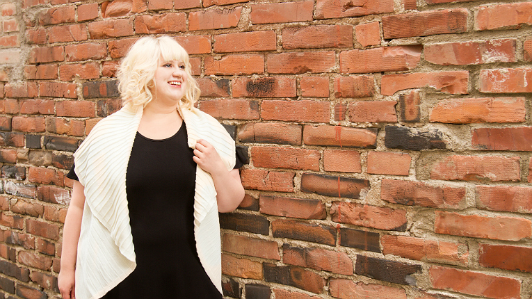 Outi Pakarinen focuses on serving curvy ladies – such as herself