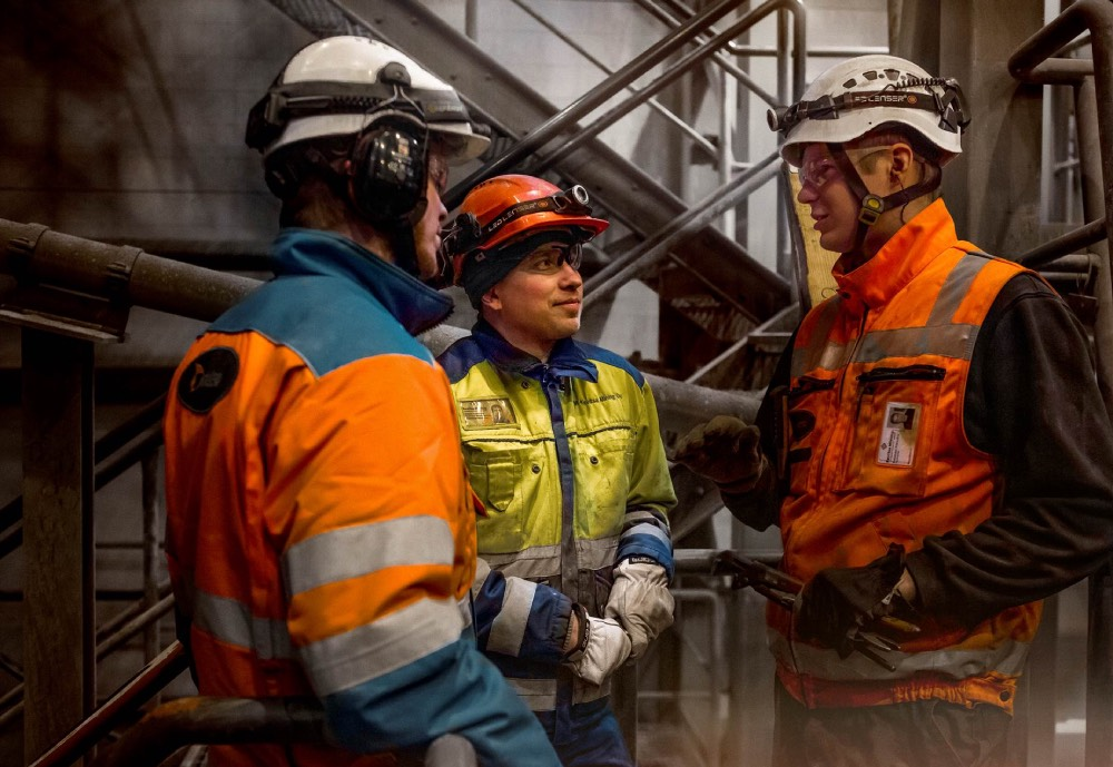Metso mining personnel