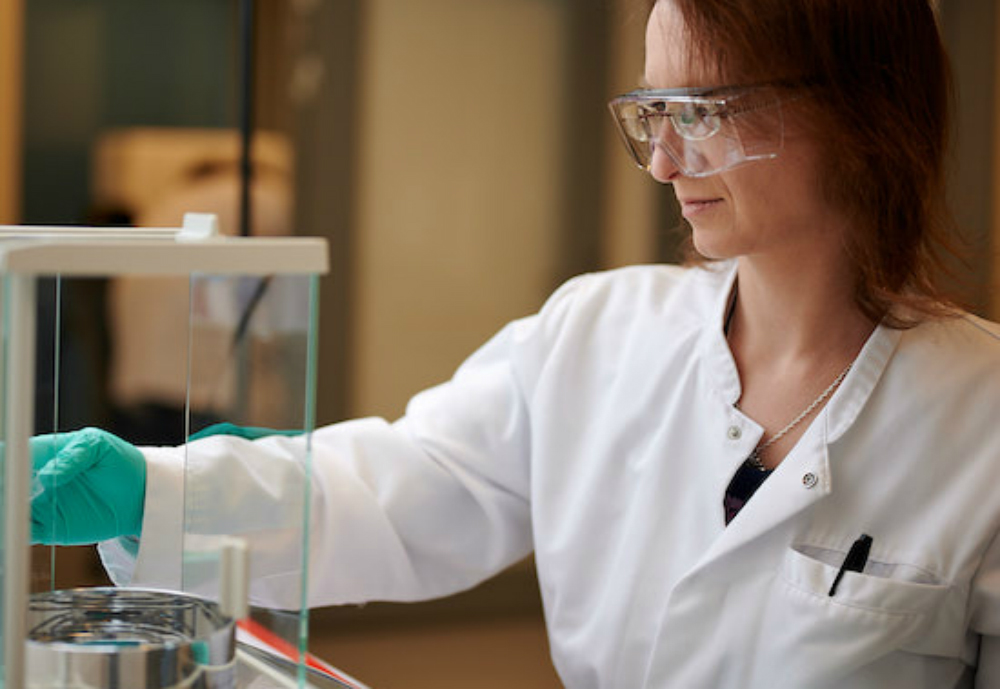 Finnish nanotechnology company Nanoform, behind an innovative method to shrink pharmaceutical drugs to make them more effective, has secured 10 million euros in a private placement. Ilmarinen Mutual Pension Insurance Company and Mandatum Life Insurance Company (Sampo Group) acted as the anchor investors in the round. Nanoform will use the funding to further develop its best-in-class nanonisation technology and strategically expand its ability to handle highly potent APIs to meet growing demand for nanonised drug compounds. The Finnish startup is finalising the construction of its first GMP manufacturing plant in Helsinki.