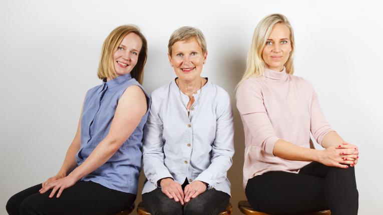 Niimaar is a family company, run by sisters Enni (right) and Sanni (left) and their mother, Aija.
