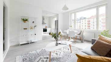 Light apartment with a city view.
