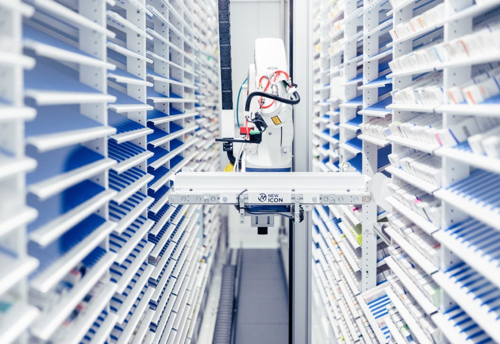 A robot automating pharmacy drug handling