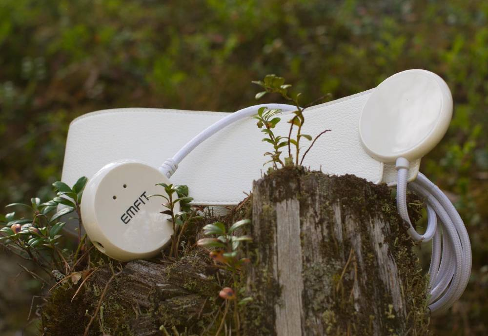 Emfit product lying in nature