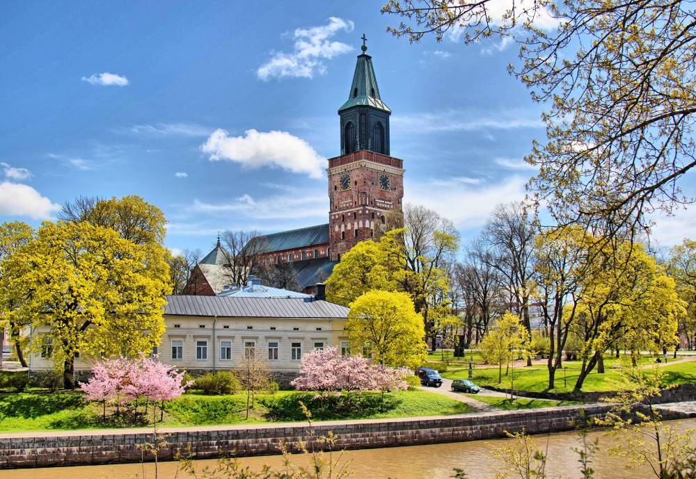 Turku cathedral overlooking Aura River
